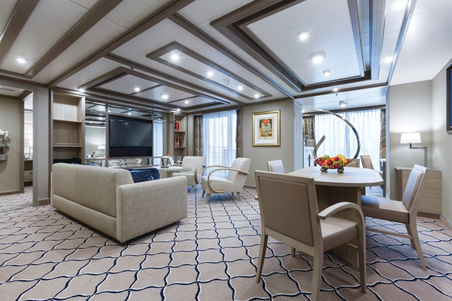 silversea-luxury-silver-spirit-ship-owners-suite