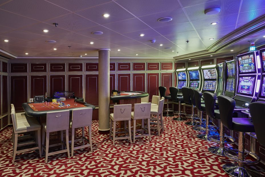 silversea-ship-silver-shadow-public-area-casino-1