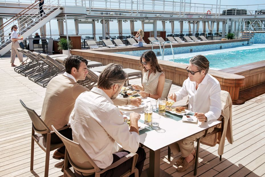 silversea-luxury-cruises-silver-muse-pool-deck-the-grill-restaurant-lunch