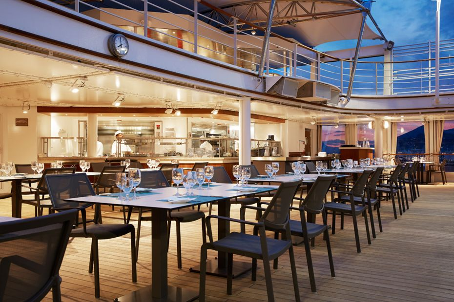 silversea-ship-silver-muse-dining-the-grill-1
